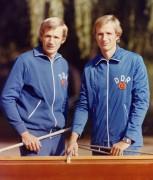 Jörg und Bernd Landvoigt,  Jahrgang 1951, geboren in Brandenburg /Havel, begannen bei der BSG Einheit Brandenburg mit dem Rudersport.  Gemeinsame Erfolge: drei Goldmedaillen und eine Bronzemedaille bei Olympischen Spielen, vier Weltmeistertitel, mehrfache DDR-Meistertitel