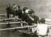 """Hans-Joachim Borzym, (2.von vorn) Jahrgang 1948, geboren in Brandenburg /Havel, begann mit dem Rudern bei der SG """"Aufbau"""" am Grillendamm, dann bei der BSG Einheit Brandenburg, Erfolge: eine Bronzemedaille bei Olympischen Spielen"""