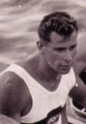 Günter Perleberg, Jahrgang 1935, geboren in Brandenburg (Havel), erlernte das Rennpaddeln in Brandenburg, Erfolge: ein Olympiasieg, eine weitere Olympiamedaille, ein Weltmeistertitel, drei Europameistertitel
